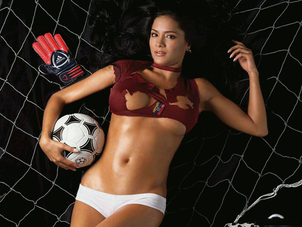 Sexy footballers girls 7