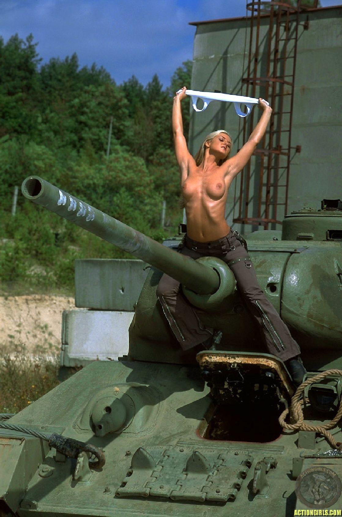 Пизда танк фото