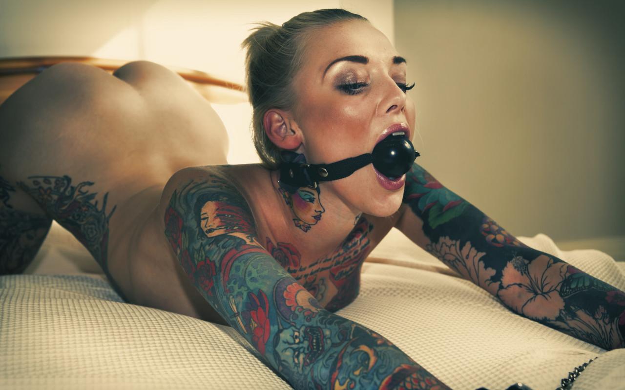 Татуированная рабыня фото #12