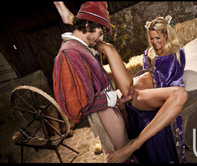 порно в средневековых нарядах смотреть - 3