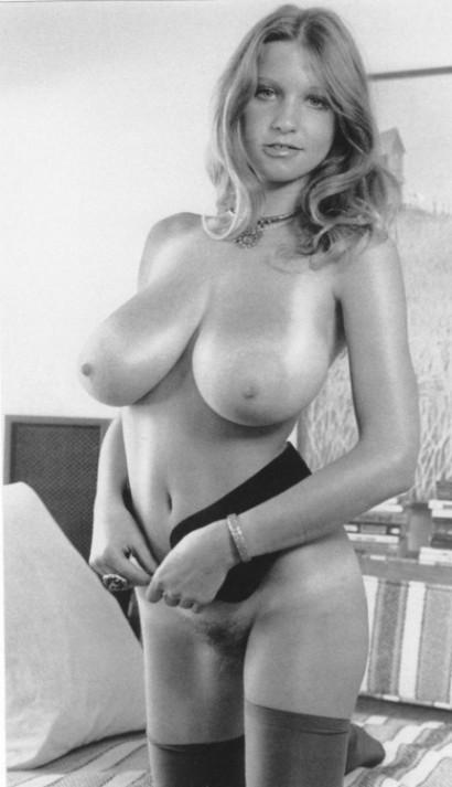 Finest Nude Erotica Boobs Pic