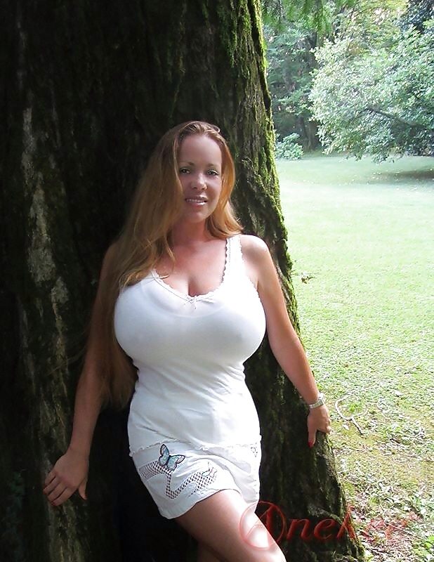 Big boobs clothed | Page 210 | XNXX Adult Forum