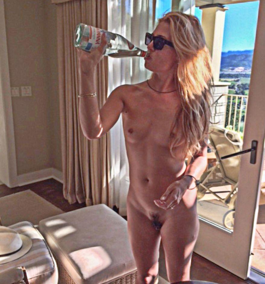 Superstar Anthea Turner Nude Pics Jpg
