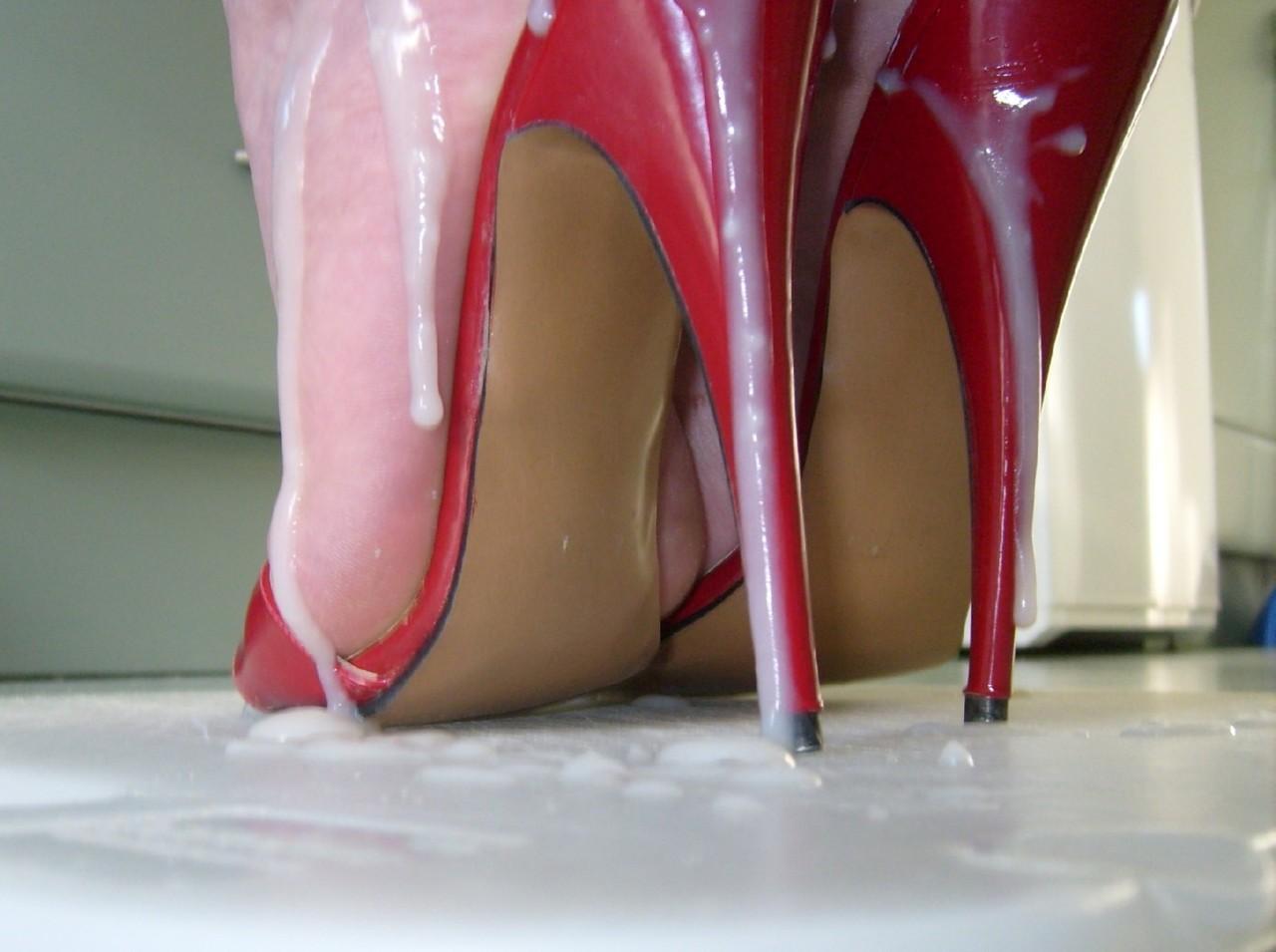 Cum On My High Heels