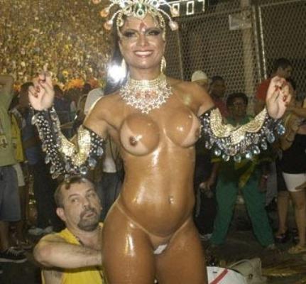 осмотрел бразильский карнавал секс на улицах видео с голыми девушками приводит восторг реально