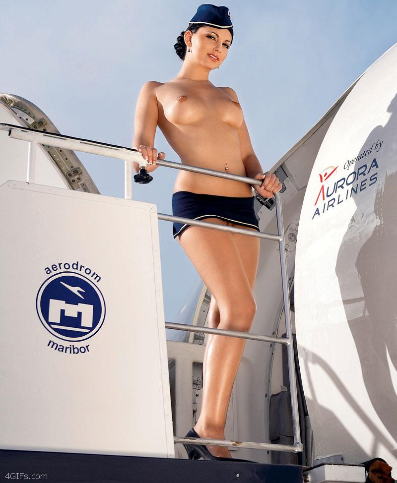 styuardessa-bez-trusikov