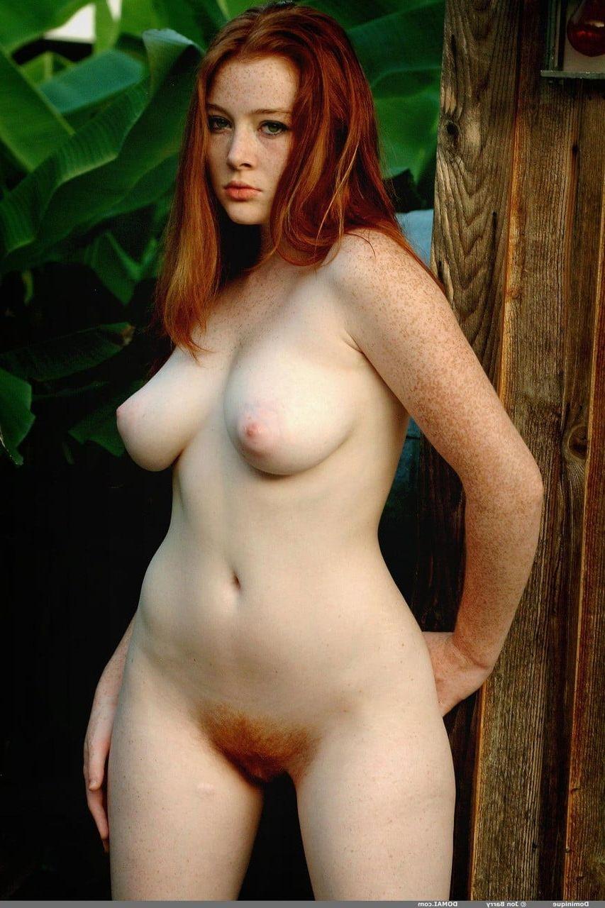Ginger Belle Nude