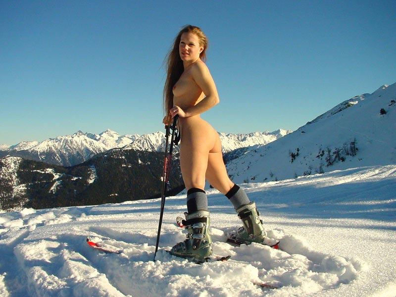 Nudist hikes skiing
