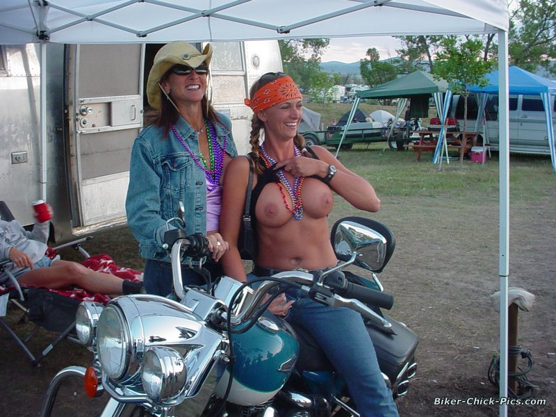 hot-girls-of-sturgis-nude-matt-bush-nud