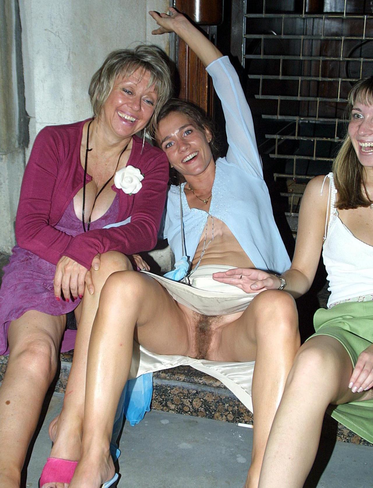 Girls caught flashing their knickers 12